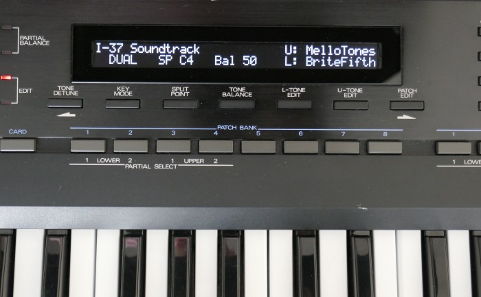 D50-OLED-220