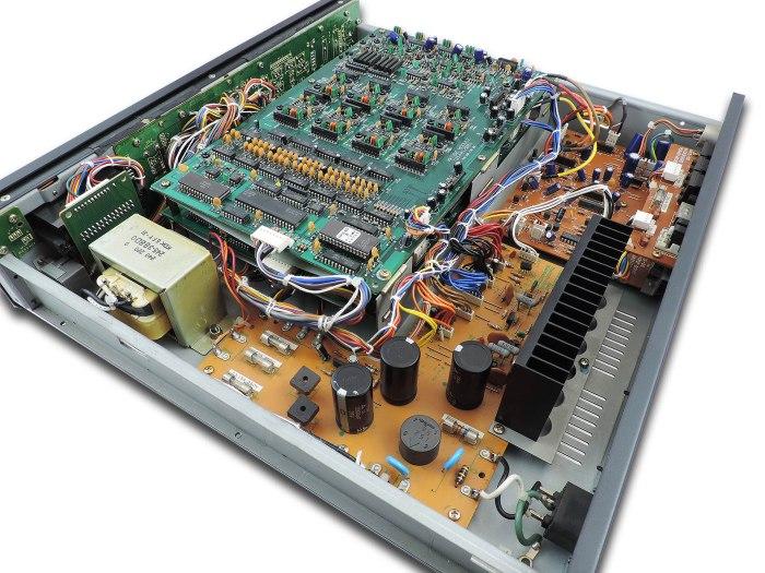 Roland-MKS-80-01b