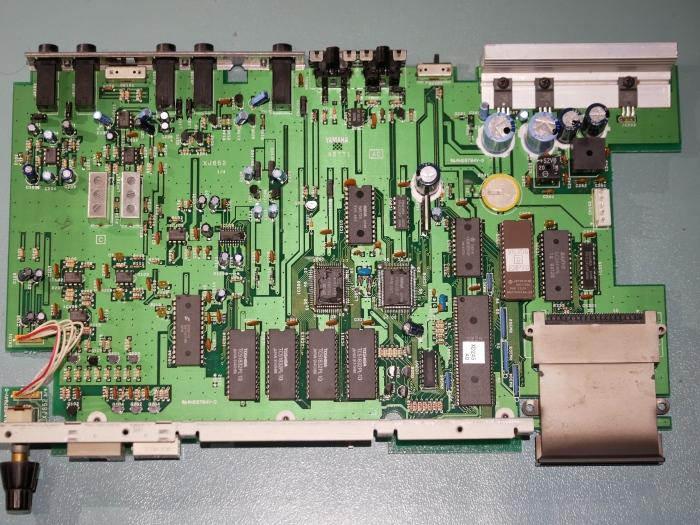 12-RemoveMainboard