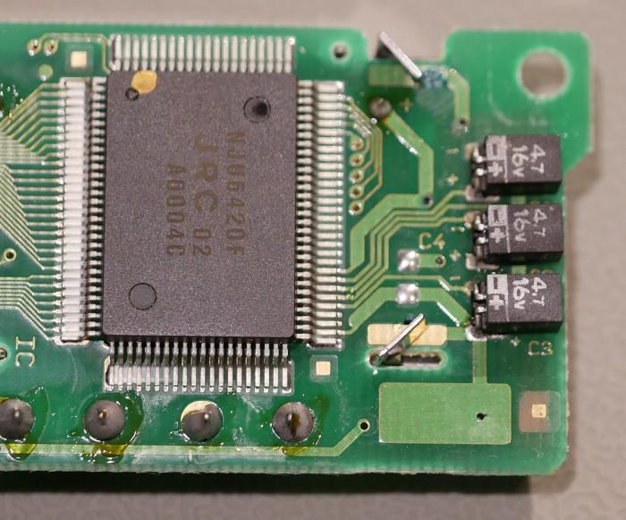 6-LeakyCapacitors
